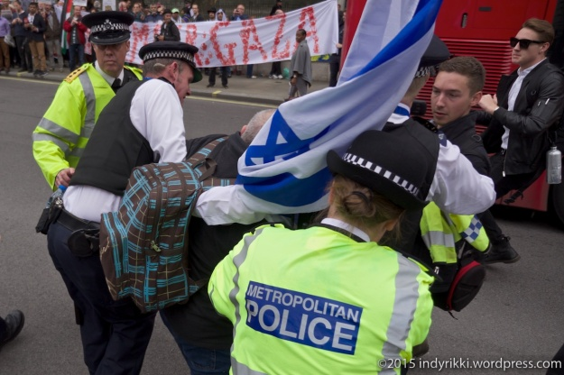 9th Sept 2015 Protests pro and against the visit of Israeli leader Netanyahu to Downing Street UK