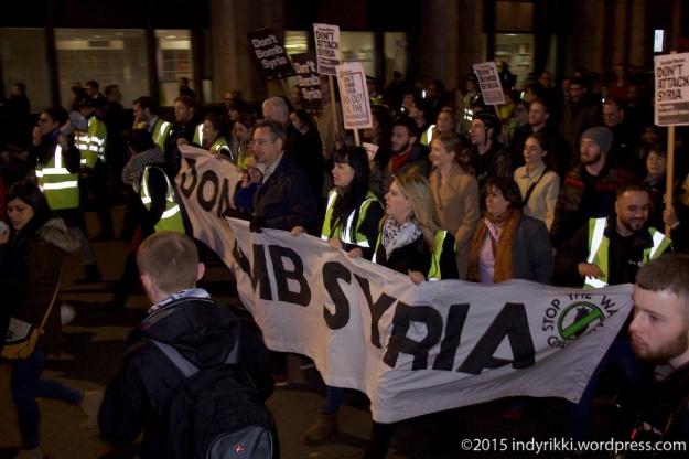 08 151201 syria rally - © @indyrikki